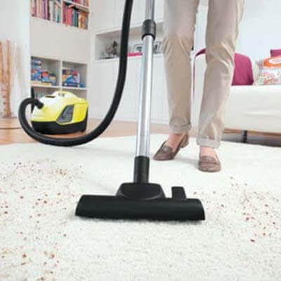 Karcher DS 6 limpiando