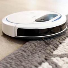 Deebot 300 subiendo a una alfombra