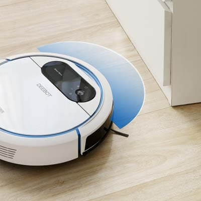 La Deebot 300 dispone de sensores para evitar los choques