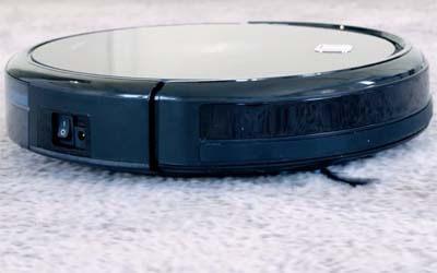Conga Serie 990 limpiando alfombra